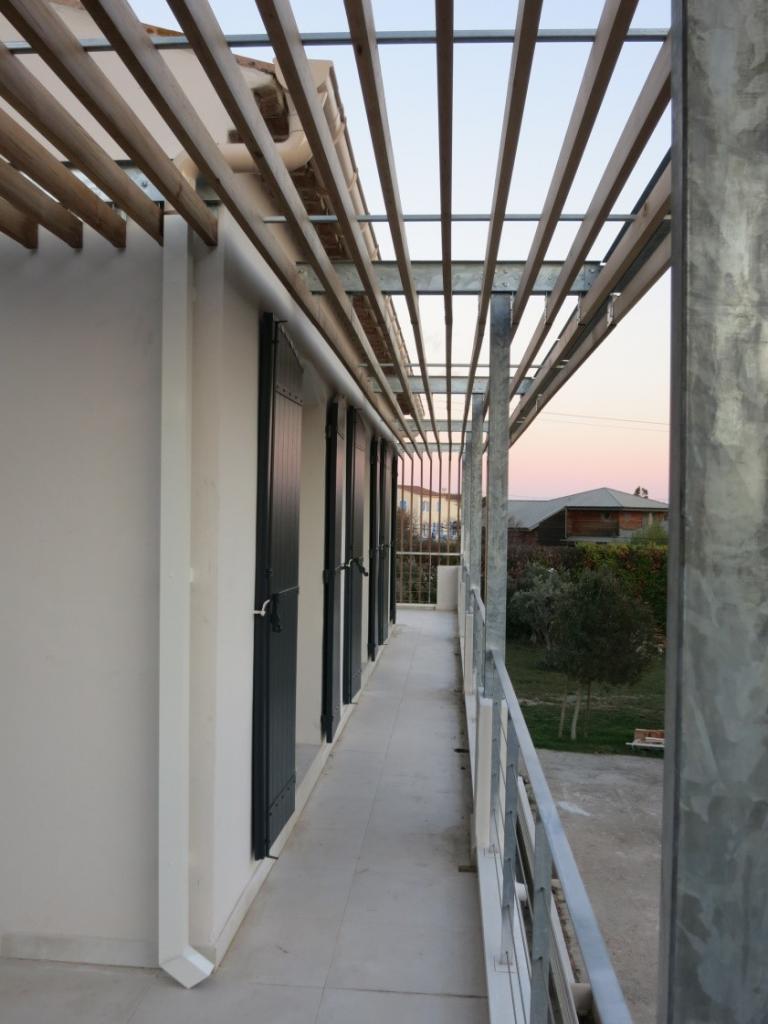Portes fenêtres et protection solaire